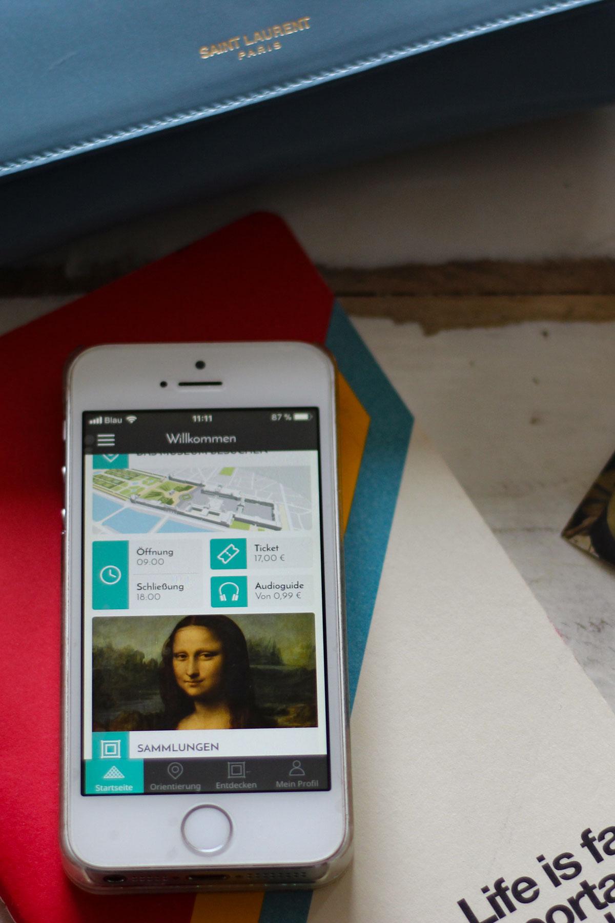 Louvre Besuch planen mit App